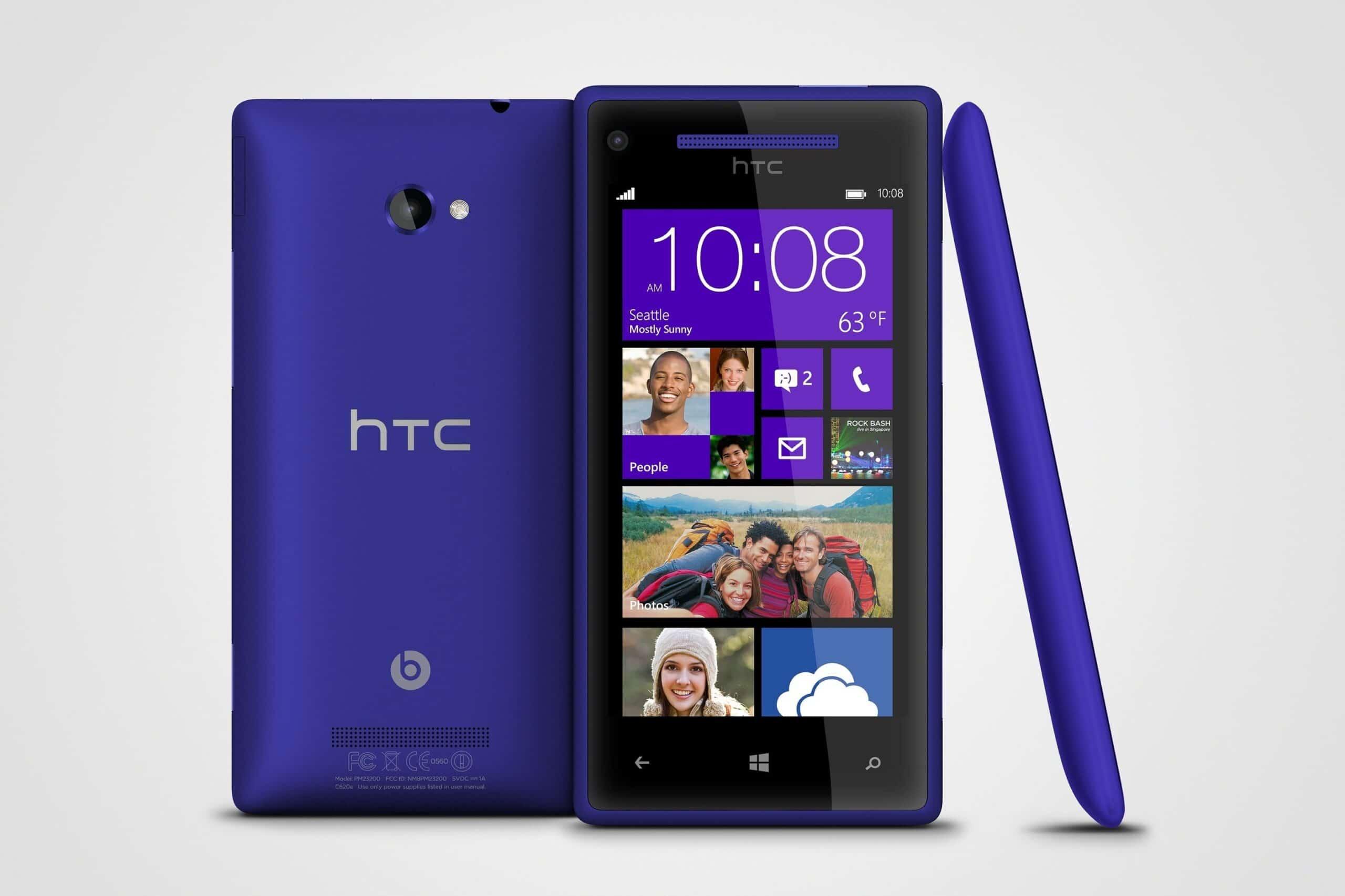 WP 8X by HTC California Blue 3views