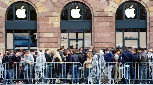 Apple-apertura-ciudad-francesa-Estrasburgo TINIMA20120915_0142_5