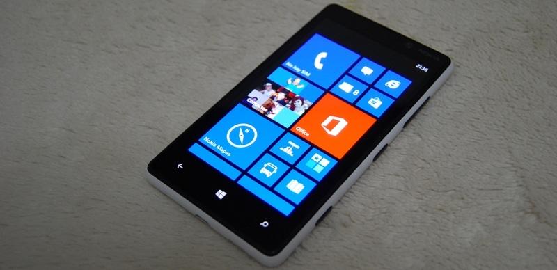 Nokia-Lumia820-so