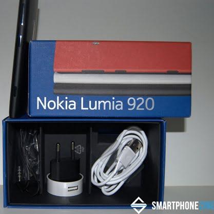 unboxing-nokia-lumia920